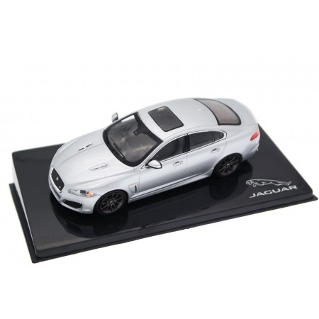 IXO Jaguar XFR 5.0 V8 X250 Facelift 2011 - Rhodium Silver Metallic